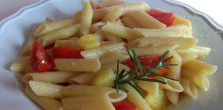 pasta con patate e pomodorini