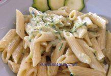 pasta con zucchine grattugiate